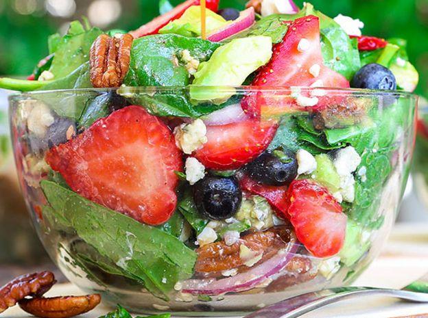 La meilleure recette de salade d'épinards aux fraises!