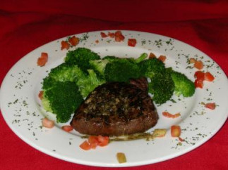 Hamburger steak à la lyonnaise