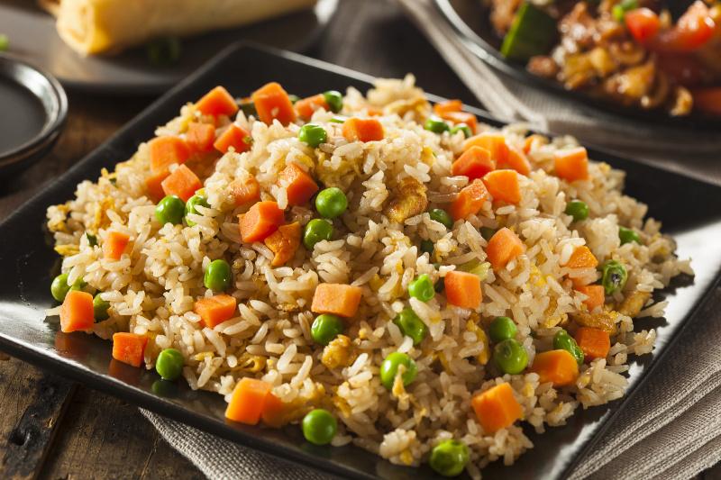 Recette de riz frit chinois toute simple et rapide faire - Toutes les recettes de petit plat en equilibre ...