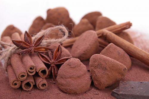 recette de truffes au chocolat noir toute simple et rapide. Black Bedroom Furniture Sets. Home Design Ideas