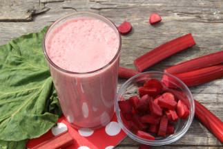 Smoothie fraise et rhubarbe