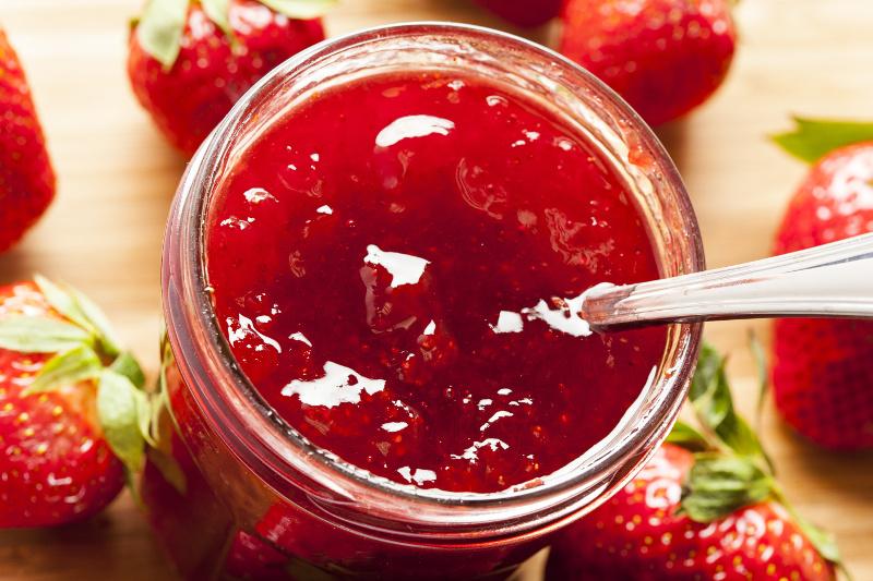 confiture de fraise de nos grand mere