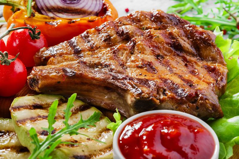 Les meilleures c telettes de porc sur le bbq super facile - Cuisiner les cotes de porc ...