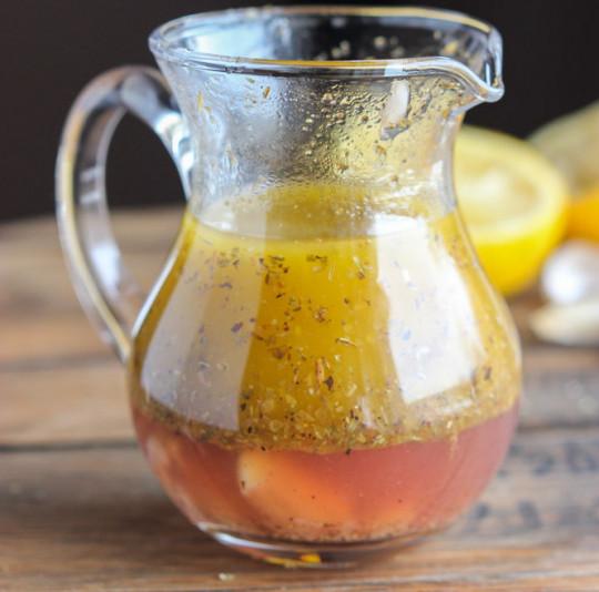 La recette de vinaigrette grecque indispensable et facile à faire!