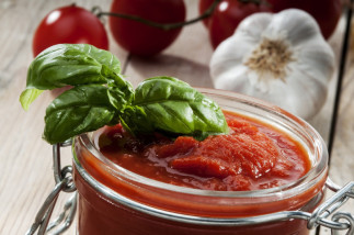 Conserve de sauce tomate