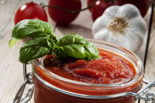 Conserve de sauce tomate maison