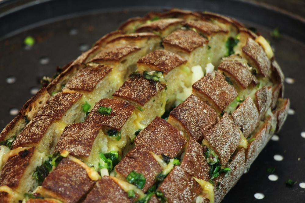 Recette de miche fourré au fromage et à l'ail