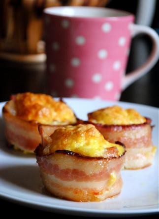 Cupcakes déjeuner d'oeufs gratinées et de bacon