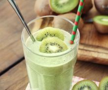 Smoothie vert au kiwi et banane