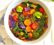 Soupe détoxifiante aux légumes