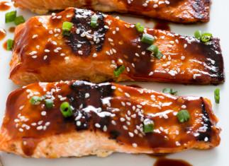 Recette de filet de saumon au miel et sriracha