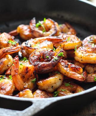Casserole de crevettes au miel et à l'ail