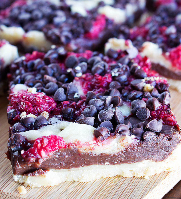 La recette des petites tartelettes aux framboises et chocolat noir!