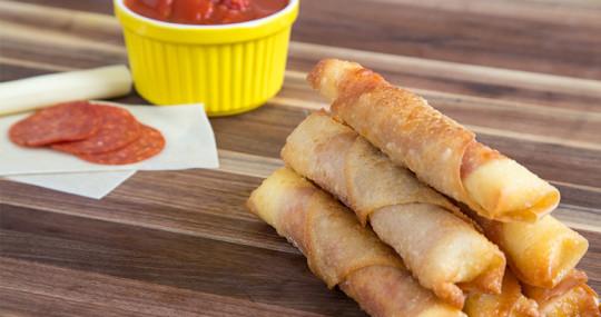 Recette délicieuse de egg rolls de pizza