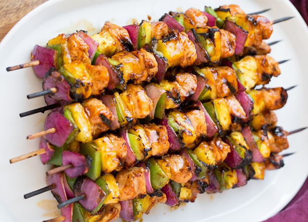 Idee Repas Barbecue.Brochettes De Poulet A L Hawaienne