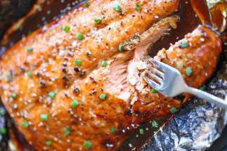 Saumon à l'asiatique sur le BBQ