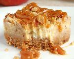 Gâteau au fromage aux pommes et caramel