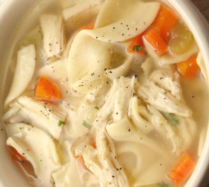 Recette facile de soupe au poulet et nouilles!