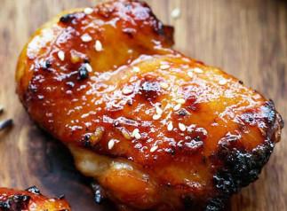 Poulet à la sauce au miel et Sriracha