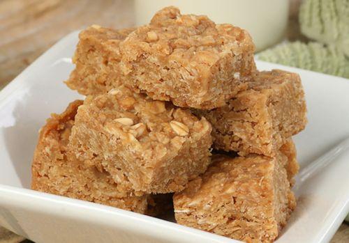 Recette facile de carrés à l'avoine et au beurre d'arachide