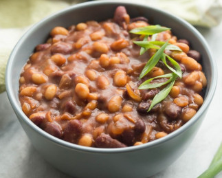 Recette facile de fèves à l'érable et au balsamique dans la mijoteuse