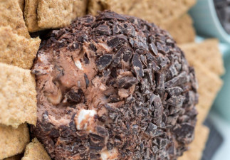 Boule de S'mores chocolatée au fromage à la crème