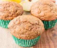 Muffins aux pommes, carottes et raisins