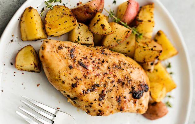 Recette facile de poulet à l'italienne et pommes de terre dans la mijoteuse