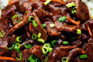 Bœuf à la mongolienne dans le mijoteuse