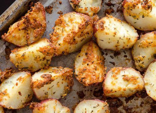 Recette facile de patates rouges rôties aux herbes