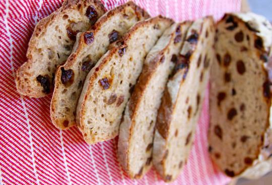 Recette facile de pains à la cannelle et raisins secs!