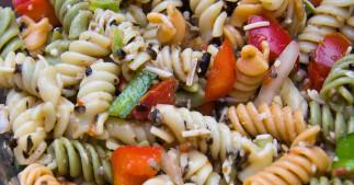 Salade de pâtes trois couleurs
