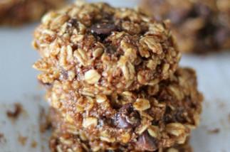 Recette facile de biscuits à l'avoine, bananes et chocolat!