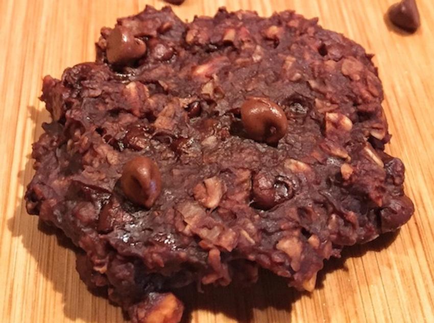 Recette facile de biscuits aux bananes et beurre d'arachides (3 ingrédients)!