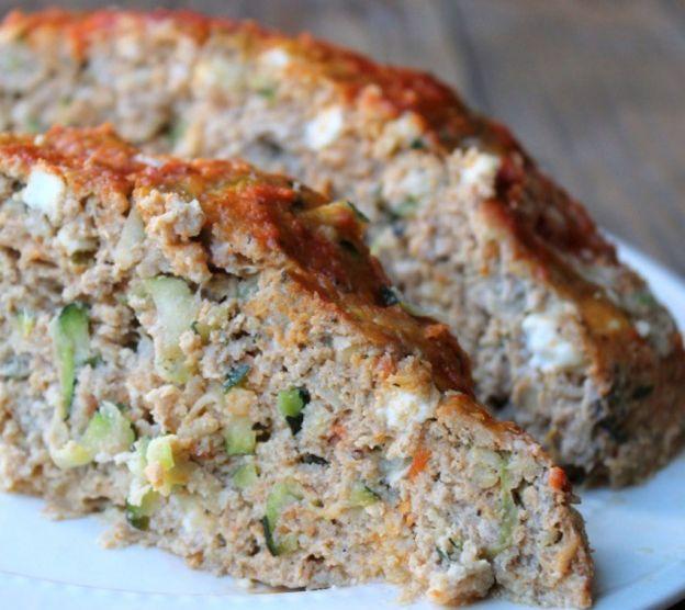 Recette facile de pain de viande à la dinde, courgette et fromage feta