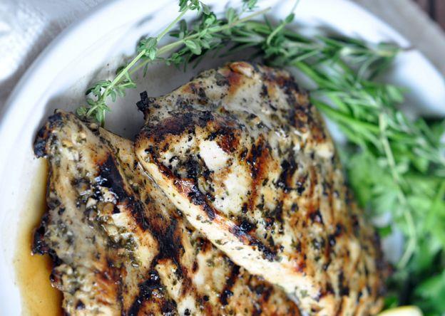 La recette facile de poulet grillée herbe et citron!
