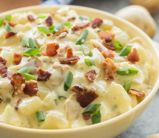 Recette facile de salade de patates (avec du bacon)