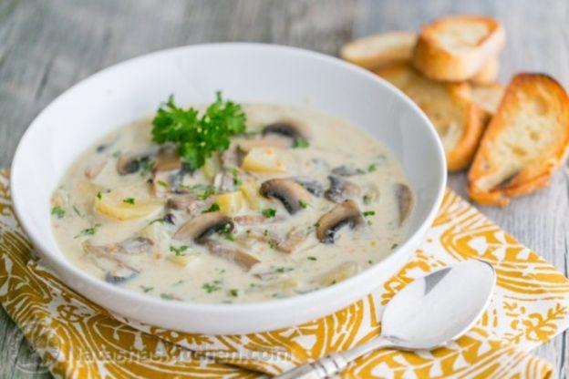 la meilleure recette de soupe aux champignons. Black Bedroom Furniture Sets. Home Design Ideas