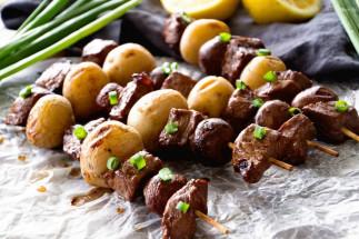Brochettes de boeuf et de patates