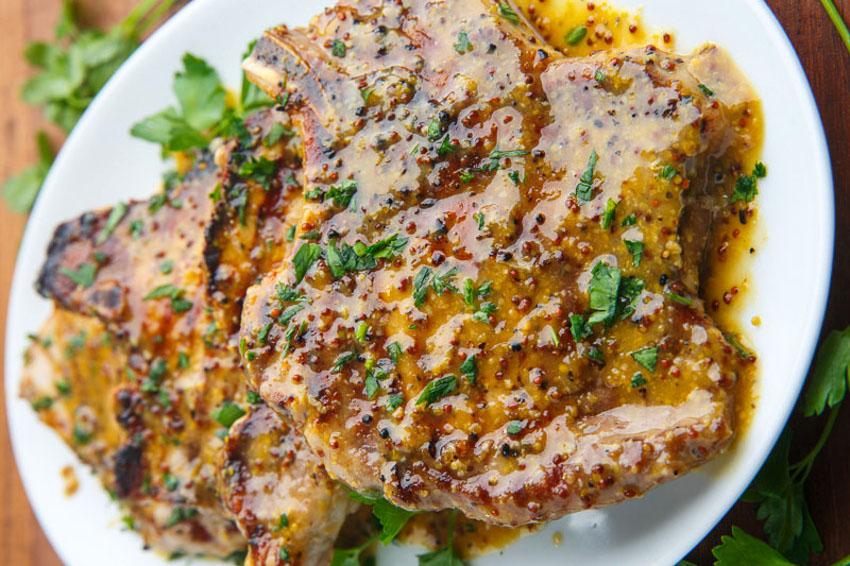 Recette facile de côtelettes de porc miel et moutarde!