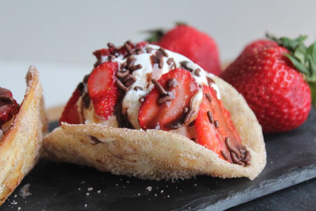 Recette facile de tacos aux fraises et à la crème glacée