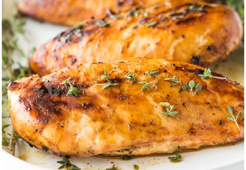 Recette facile de poulet grillée à l'érable et moutarde de Dijon!