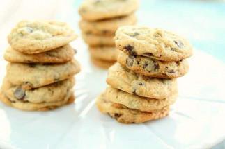 Recette facile de biscuits aux pépites de chocolat et fromage à la crème!