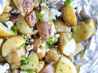 Patates grecques sur le BBQ