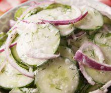 Salade de concombre crémeuse