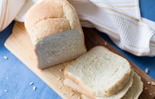 Le meilleure recette de pain blanc (pour la machine à pain)!