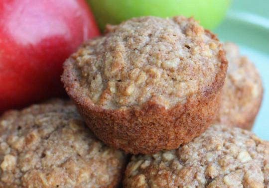 La recette facile de muffins santé à l'avoine et compote de pommes!