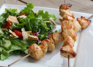 La recette facile de poulet Shish Taouk (Cuisine libanaise)!