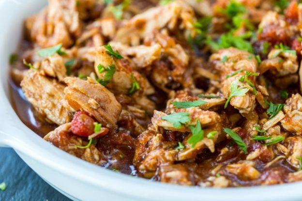 La recette facile de poulet balsamique (3 ingrédients) à la mijoteuse!