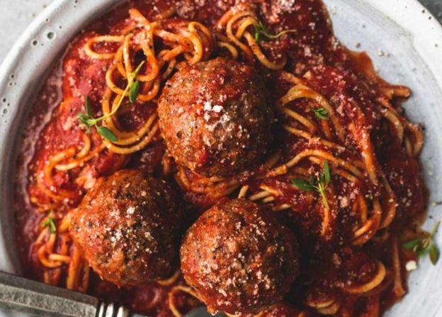 La meilleure recette de sauce à spaghetti et boulettes de viande à la mijoteuse!